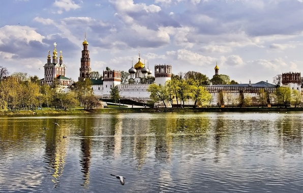 Picture autumn, the sky, clouds, trees, wall, tower, Moscow, the monastery, Novodevichy, dome