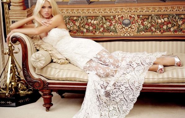 Picture Girl, Sofa, Dress, Heels, Decoration