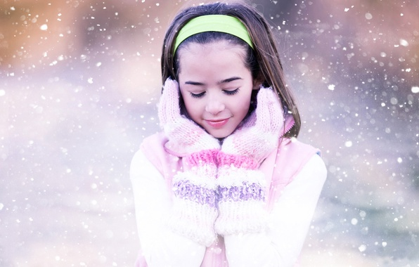 Picture snowflakes, smile, strip, sweetheart, tenderness, girl, gloves