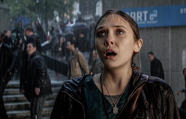 Picture Girl, Godzilla, Elizabeth Olsen