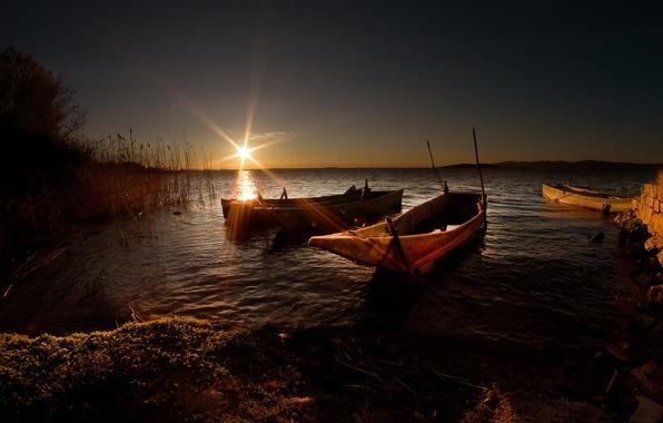 Picture landscape, sunset, lake, boats