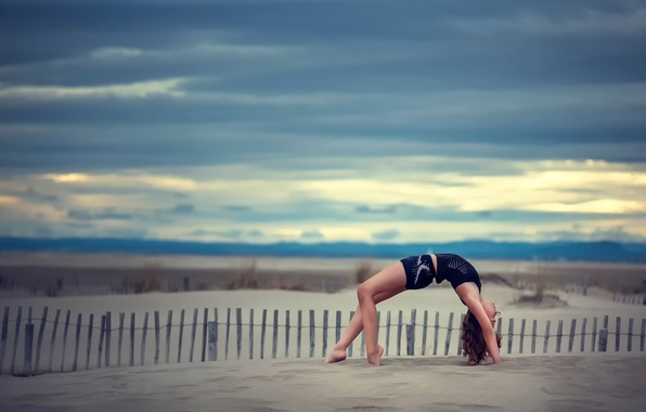 Picture sand, the sky, grace, gymnast, Alyssa