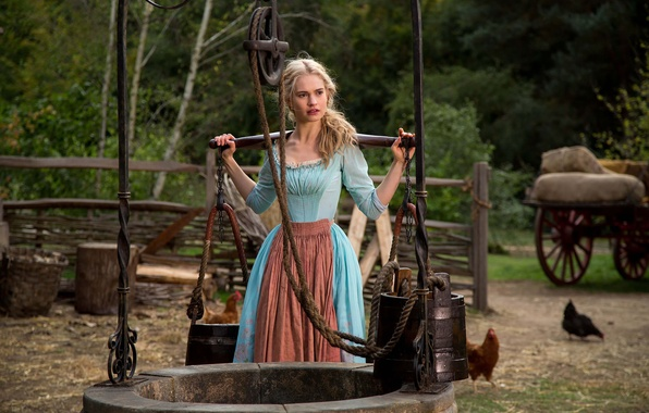 Picture tale, Cinderella, Lily James
