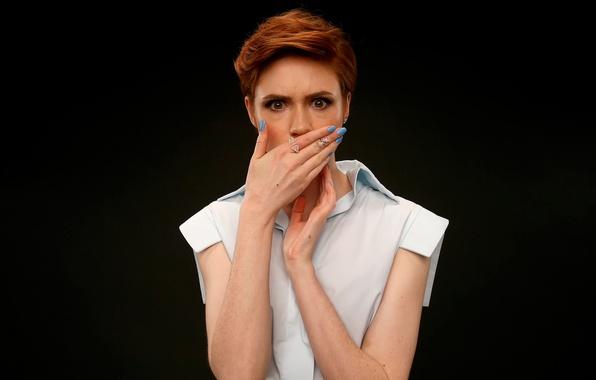Picture girl, fright, surprise, shock, facial expressions, Karen Gillan