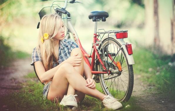 Picture girl, bike, sport