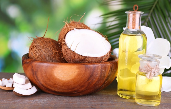 Picture coconut, bowl, slices, coconut oil