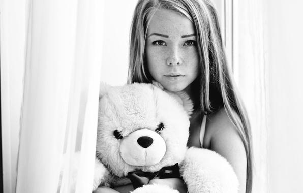 Picture girl, portrait, b/W, freckles, bear, photographer, cute, face, Alexandr Savichev