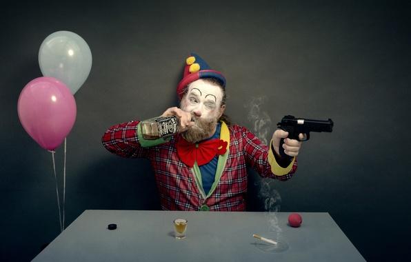 Picture gun, balls, bottle, clown