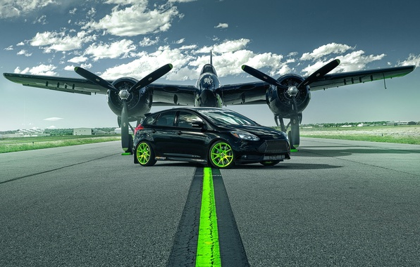 Picture Ford, The plane, Wheel, Runway, Car, Focus, Car, Green, Wheels, Plane, Green, Runway