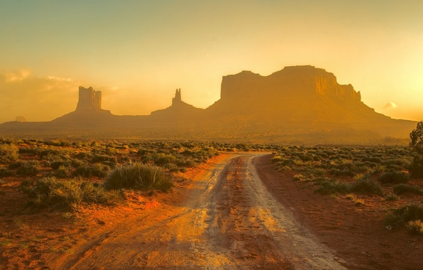 Picture Sunset, Monument Valley, Track