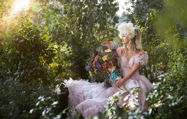 Picture greens, girl, flowers, Lily, roses, bouquet, dress