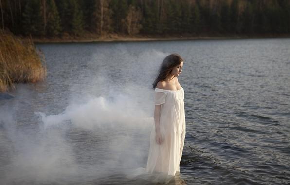Picture girl, river, smoke, dress, brown hair