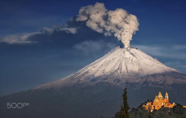 Picture smoke, mountain, the volcano, Mexico, temple
