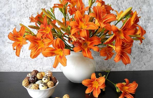 Picture Lily, bouquet, petals, cookies, vase, still life