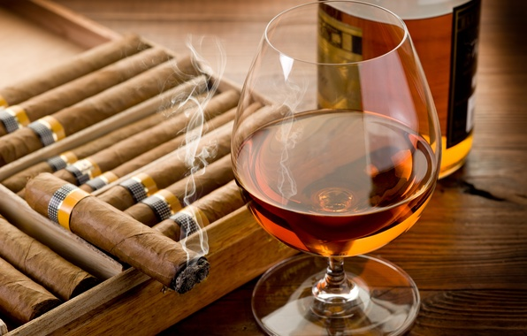 Picture table, glass, bottle, cigar, cognac, smoke