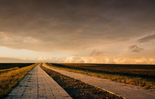Picture road, field, clouds, horizon, farm