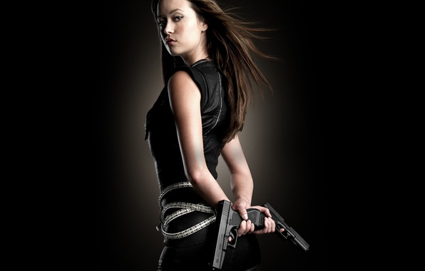 Picture look, guns, actress, summer Glau, summer glau