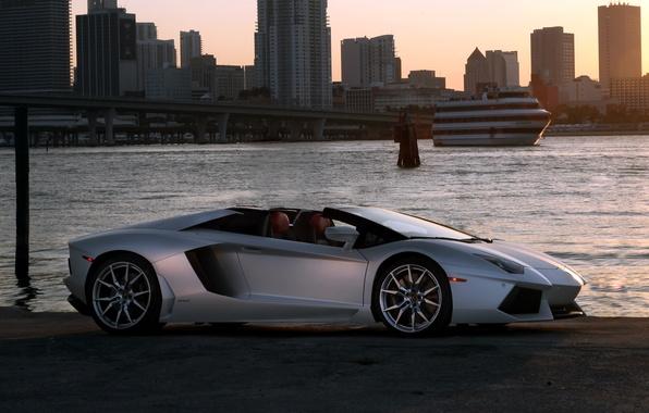 Picture the sky, the city, Roadster, roadster, LP700-4, Lamborghini, Lamborghini Aventador
