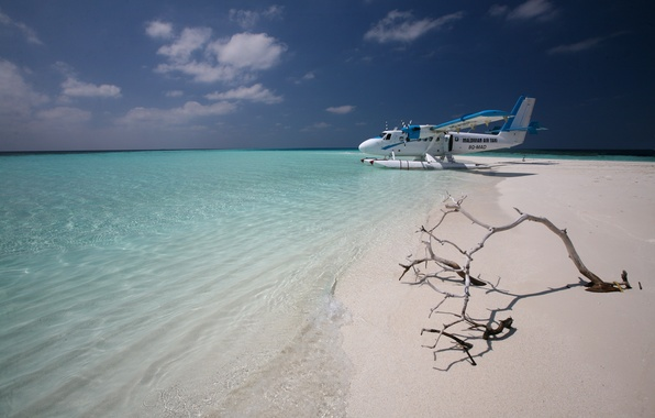 Picture sand, the plane, the ocean, island, horizon, taxi, The Maldives
