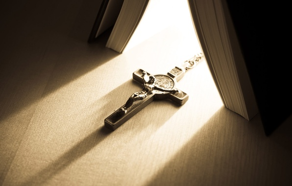 Picture macro, light, table, cross, book, the crucifixion, faith, the Bible
