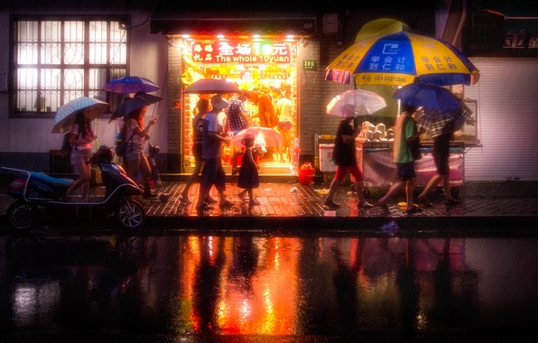 Picture light, night, people, street, mirror, puddle, umbrellas, China, Shanghai, shop, life