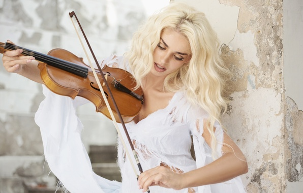 Picture girl, wall, violin, blonde