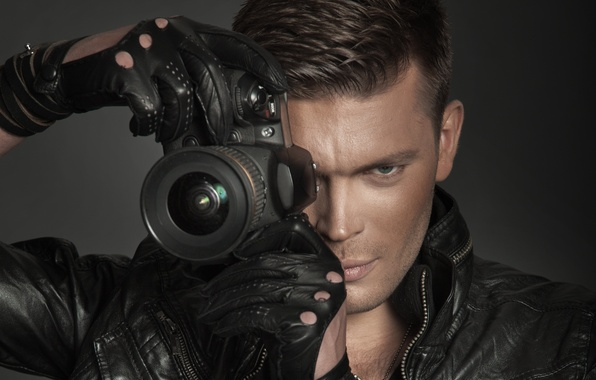 Picture jacket, the camera, lens, gloves, guy, dark brown, gray-eyed