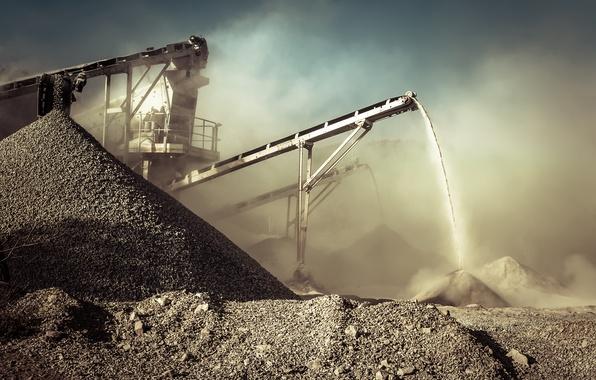 Picture dirt, rocks, dust, mining, conveyor