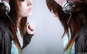 Picture music, girls, twins
