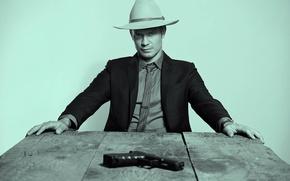 Picture Hitman, gun, pistol, USA, rustic, actor, Hawaii, weapon, hat, man, wooden, series, American, Honolulu, pose, …