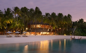 Picture palm trees, the ocean, Villa, the evening, resort
