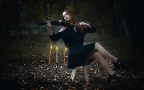 Picture girl, violin, candles