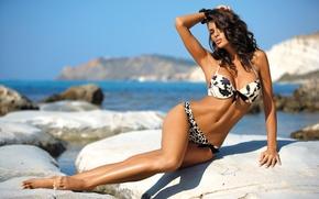 Wallpaper swimsuit, stones, shore, Beatrice Chirita