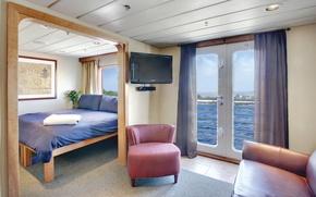 Picture safari, travel, cabin, ship Endeavour