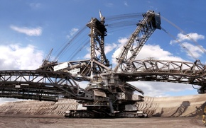 Picture the sky, Bagger 288, loader, rotary