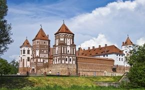 Picture greens, summer, clouds, castle, Belarus, Mirsky Castle Complex