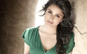 Picture girl, indian, bollywood, parineethi chopra