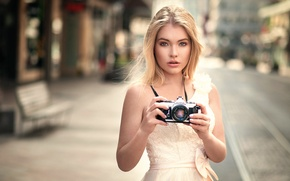 Picture girl, the camera, Anna, Lods Franck