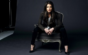 Picture girl, chair, actress, brunette, the series, Marie Avgeropoulos, Maria Avgeropoulos, Hundred, The 100