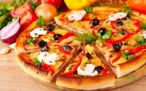 Picture mushrooms, bow, pizza, tomatoes, olives, parsley, mushrooms, paprika