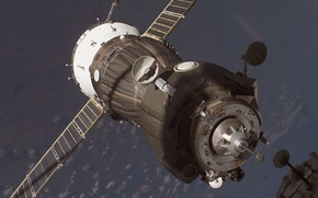 Picture Space, Earth, docking, Russian cargo, the ship Union