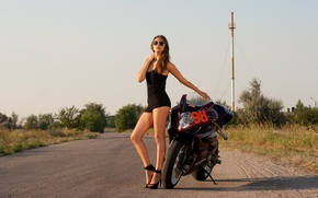 Picture pose, Girl, motorcycle, brown hair, legs