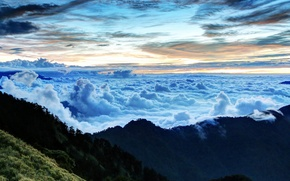 Picture the sky, clouds, mountains