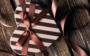 Picture white, strip, box, heart, tape, bow, brown