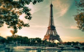 Picture Paris, Eiffel, the city. river, tower. sunset