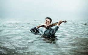 Picture water, violin, man