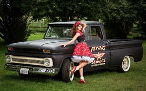 Picture girl, Chevrolet C10, Pick-up