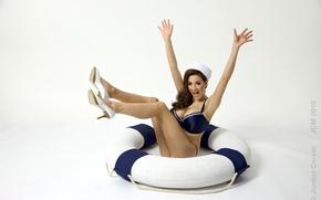 Picture chest, joy, round, legs, Jordan Carver