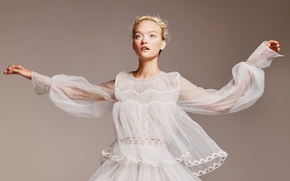 Picture pose, model, makeup, dress, hairstyle, blonde, in white, photoshoot, It, Gemma Ward, Gemma Ward, Georges …