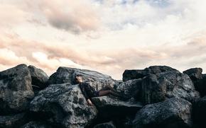 Picture girl, stones, legs